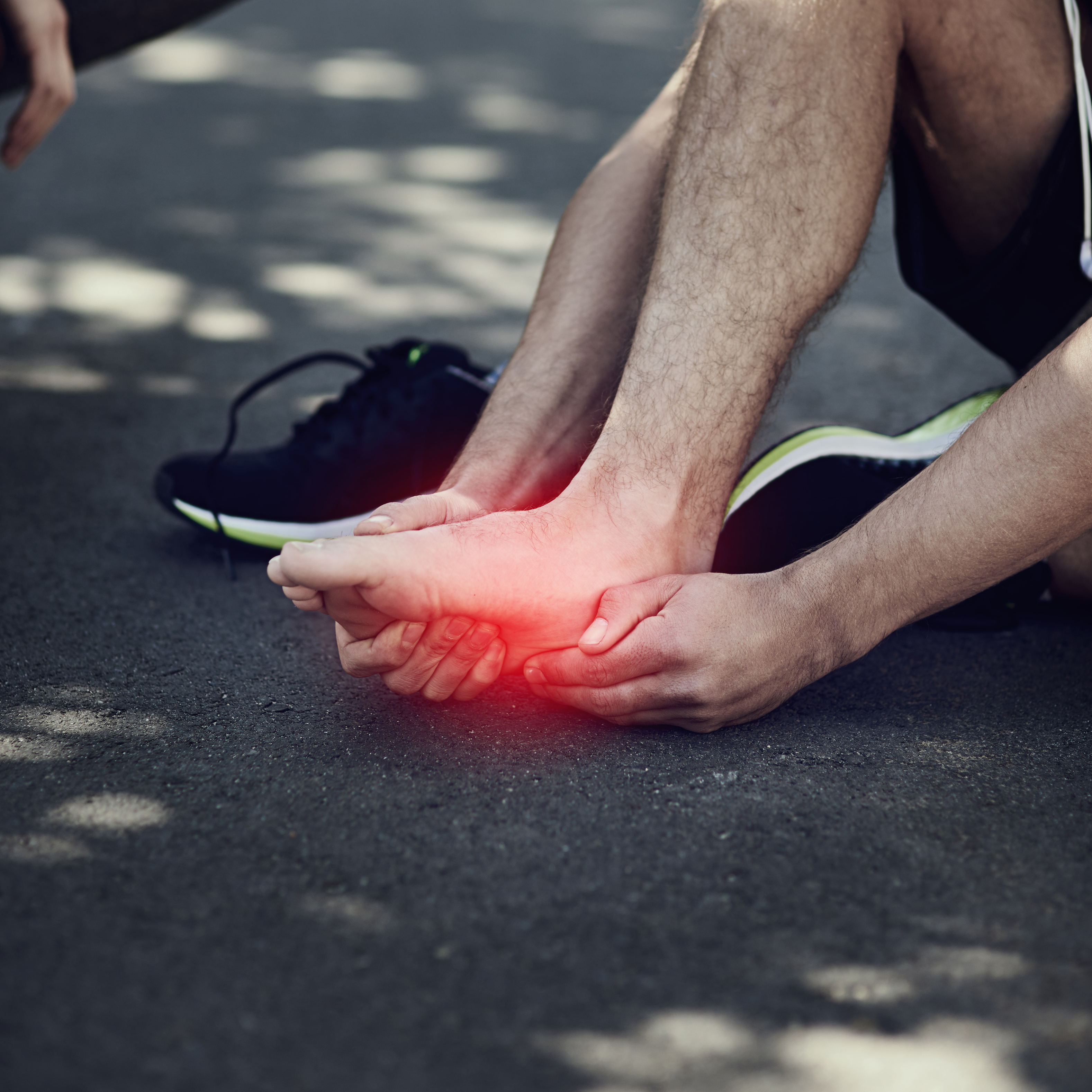 HOW DO YOU KNOW IF YOU HAVE A STRESS FRACTURE?